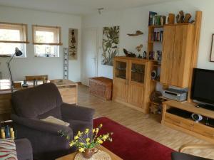 Ein Sitzbereich in der Unterkunft Ferienwohnung der Familie Scheel in Celle