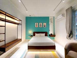 C O R O N A Hanoi House