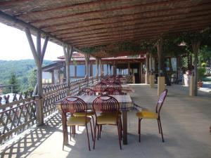Un restaurant sau alt loc unde se poate mânca la Farma