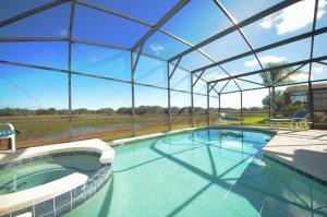 The swimming pool at or near Starmark Vacation Villas, Condo's and Pool Homes