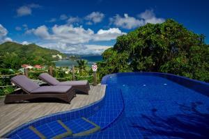 Bazén v ubytování Villas de Jardin nebo v jeho okolí