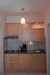 Een keuken of kitchenette bij Barbara Studios & Apartments