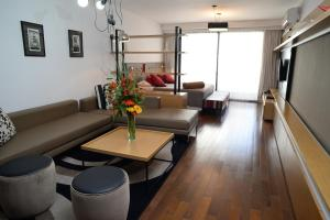 Atpūtas zona naktsmītnē IQ Callao By Temporary Apartments