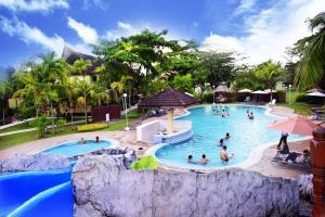 ★★★★ Beringgis Beach Resort & Spa, Papar, Malaysia