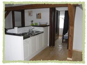 Küche/Küchenzeile in der Unterkunft Ferienwohnung zum Bernerhof