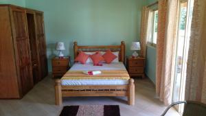 Cama o camas de una habitación en Villa Bedier Self-catering Apartments
