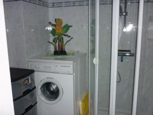Een badkamer bij Apartment Noordzee 7