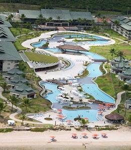 A bird's-eye view of Flat no Beach Class Resort