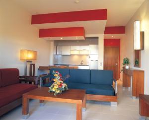 Een zitgedeelte bij Hotel Apartamento Balaia Atlantico