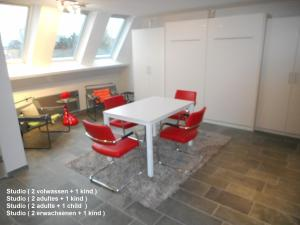 A seating area at Residentie Delta