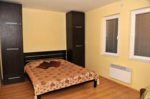 A bed or beds in a room at Chanovi apartments