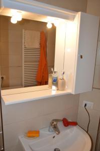 A bathroom at Artist Apartment