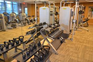 The fitness center and/or fitness facilities at Hanover Post Oak