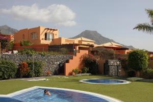 Het zwembad bij of vlak bij Villa Sur de Tenerife