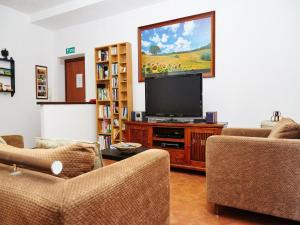 A television and/or entertainment center at Domus Appio Claudio