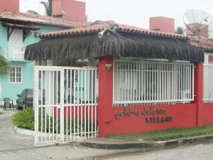 The facade or entrance of Apartamento Porto Seguro