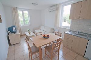 Küche/Küchenzeile in der Unterkunft Apartments Tamarix