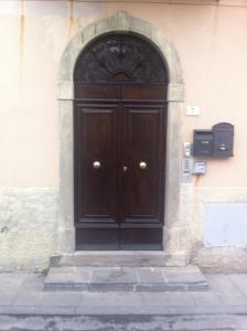 The facade or entrance of La Casina di Cianella