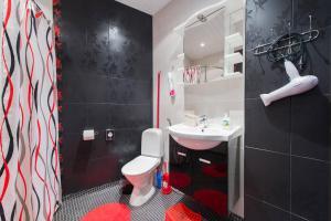 A bathroom at Rotalia Apartments