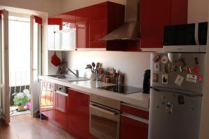 A kitchen or kitchenette at Appartement Centre Ville Ajaccio