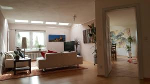 Posezení v ubytování Apartment Serene Retreat