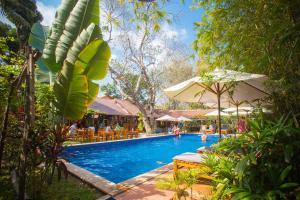 La Mer Resort