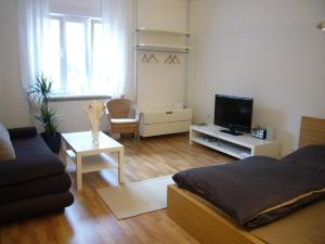 A seating area at Apartments Thommen