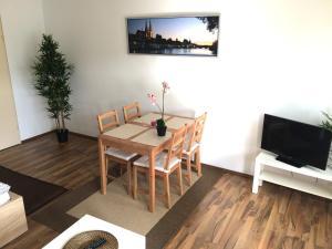 TV a/nebo společenská místnost v ubytování Apartment Sunshine