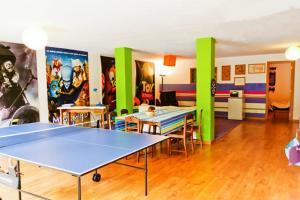 Tafeltennisfaciliteiten bij Coloured Studio of in de buurt