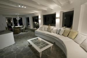 Ein Sitzbereich in der Unterkunft Villa Margarita