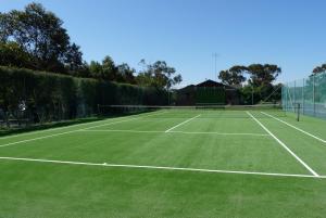 Tennis und/oder Squash in der Unterkunft Barwon Valley Lodge oder in der Nähe
