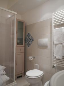 A bathroom at Casa Bouganville