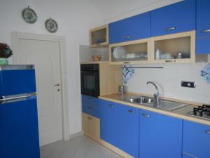 A kitchen or kitchenette at Casa Bouganville