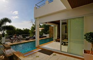 The swimming pool at or near Samui Luxury Pool Villa Melitta