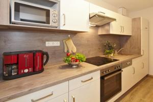 Küche/Küchenzeile in der Unterkunft Landhof Usedom App. 204