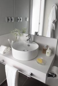 Ett badrum på Rambla 102