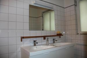Ein Badezimmer in der Unterkunft Apartment Mirabell