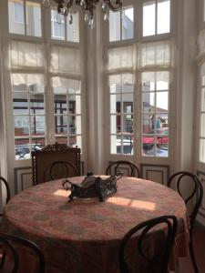 Restaurant ou autre lieu de restauration dans l'établissement Appartement la Sirène