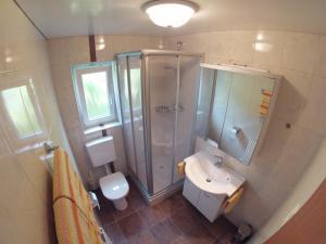 Ein Badezimmer in der Unterkunft Schoner Erika