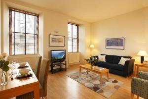 A seating area at SACO Glasgow - Cochrane Street