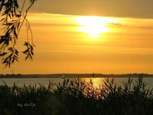 Blick auf den Sonnenuntergang/Sonnenaufgang von des Ferienhauses aus oder aus der Nähe