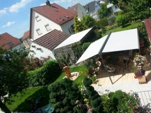 Blick auf Ferienwohnung Knoll-Neyer aus der Vogelperspektive
