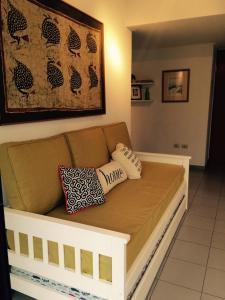 Una cama o camas en una habitación de Apartamentos Diagonal