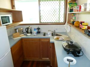 A kitchen or kitchenette at The Slope