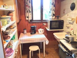 Köök või kööginurk majutusasutuses Silla Puhkemaja