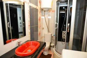 Ванная комната в Richhouse on Tolepova 7