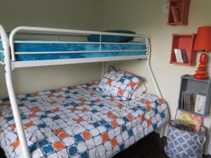 Un ou plusieurs lits superposés dans un hébergement de l'établissement Le 30 de Vébron