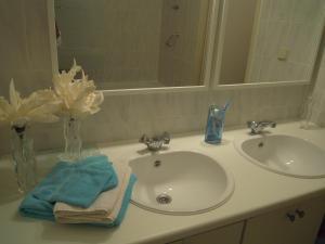 Salle de bains dans l'établissement Appartement Seabird