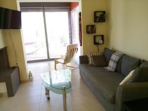 Χώρος καθιστικού στο Aegina Holiday Home