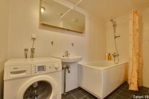 Kylpyhuone majoituspaikassa Daily Apartments - Freedom Square